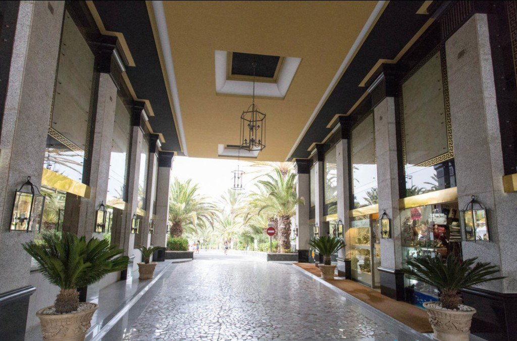Entrance Riu Palace Maspalomas