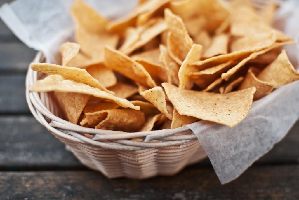 El guacamole tradicional mexicano se puede acompañar con unos nachos