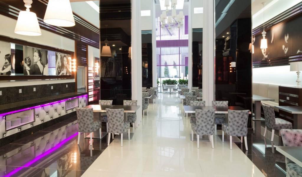 Bar/Restaurant Fashion