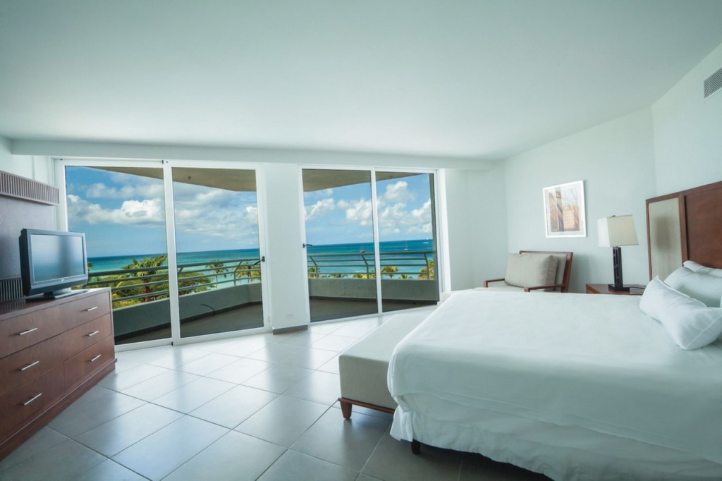 Room with views of the sea