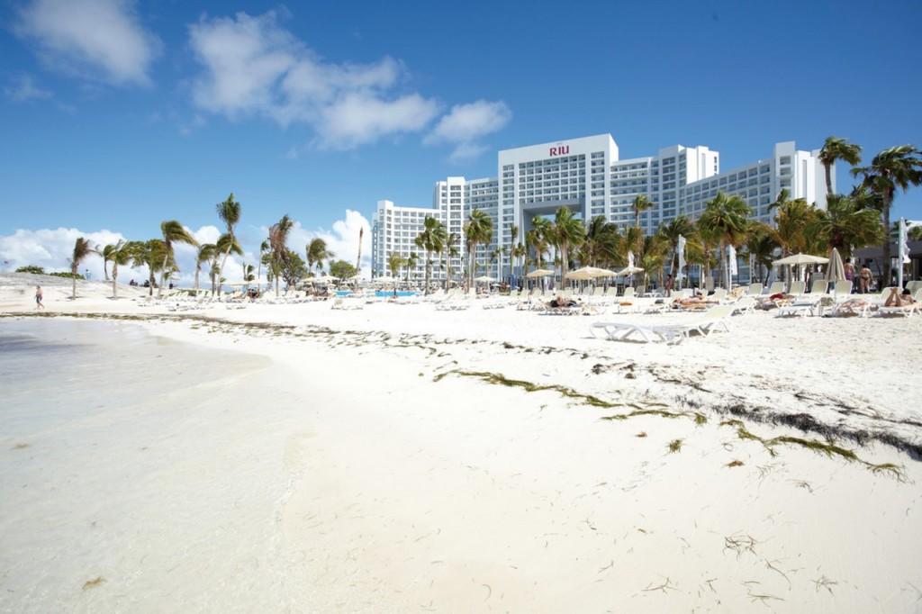 Ven a descubrir el hotel Riu Palace Peninsula en Cancún
