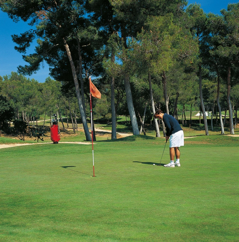 In Majorca, you'll find lots of places to play golf