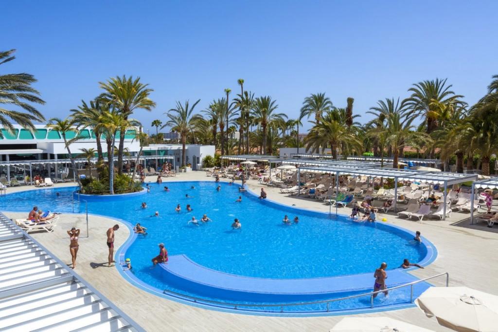 ClubHotel Riu Papayas pool