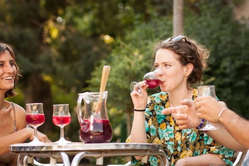 La sangría es una bebida típica en España