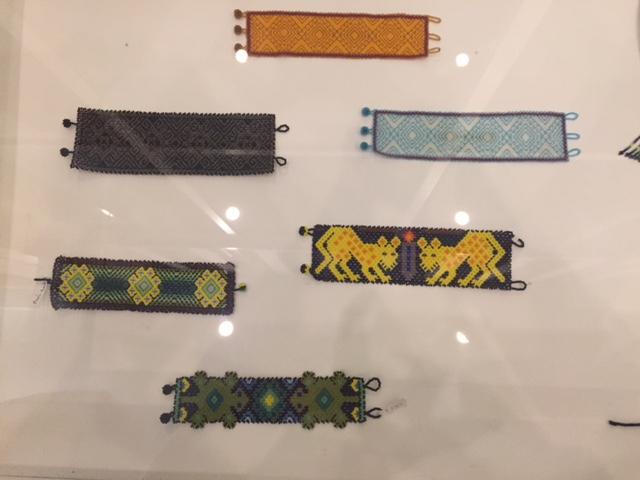 Piezas de artesanía Wixaritari