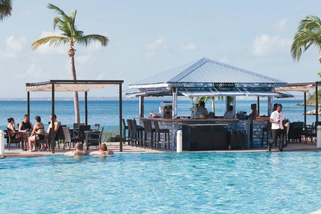 Beach Bar Riu Palace St Martin