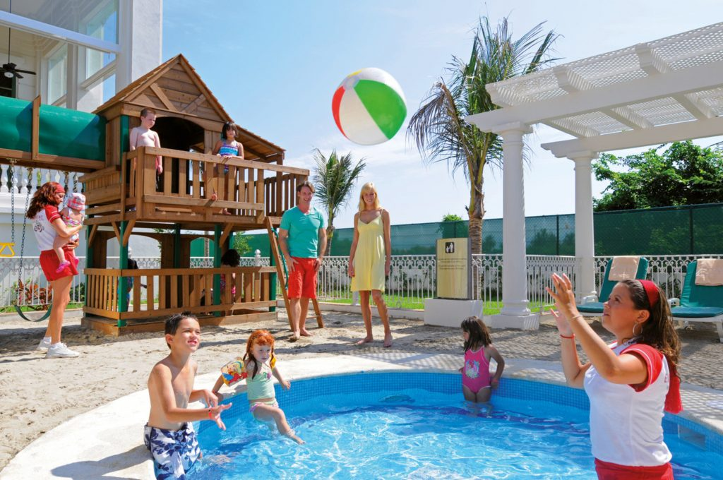 Children entertainment RIU