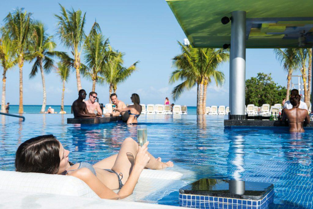 Piscina en Riu Palace Jamaica