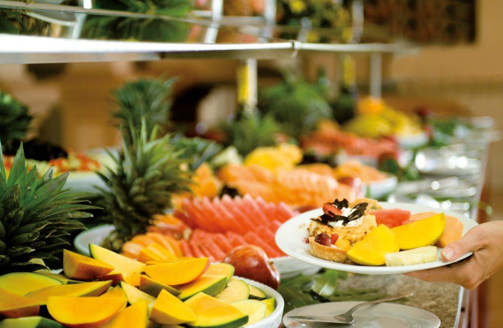 Buffet fruta vacaciones RIU