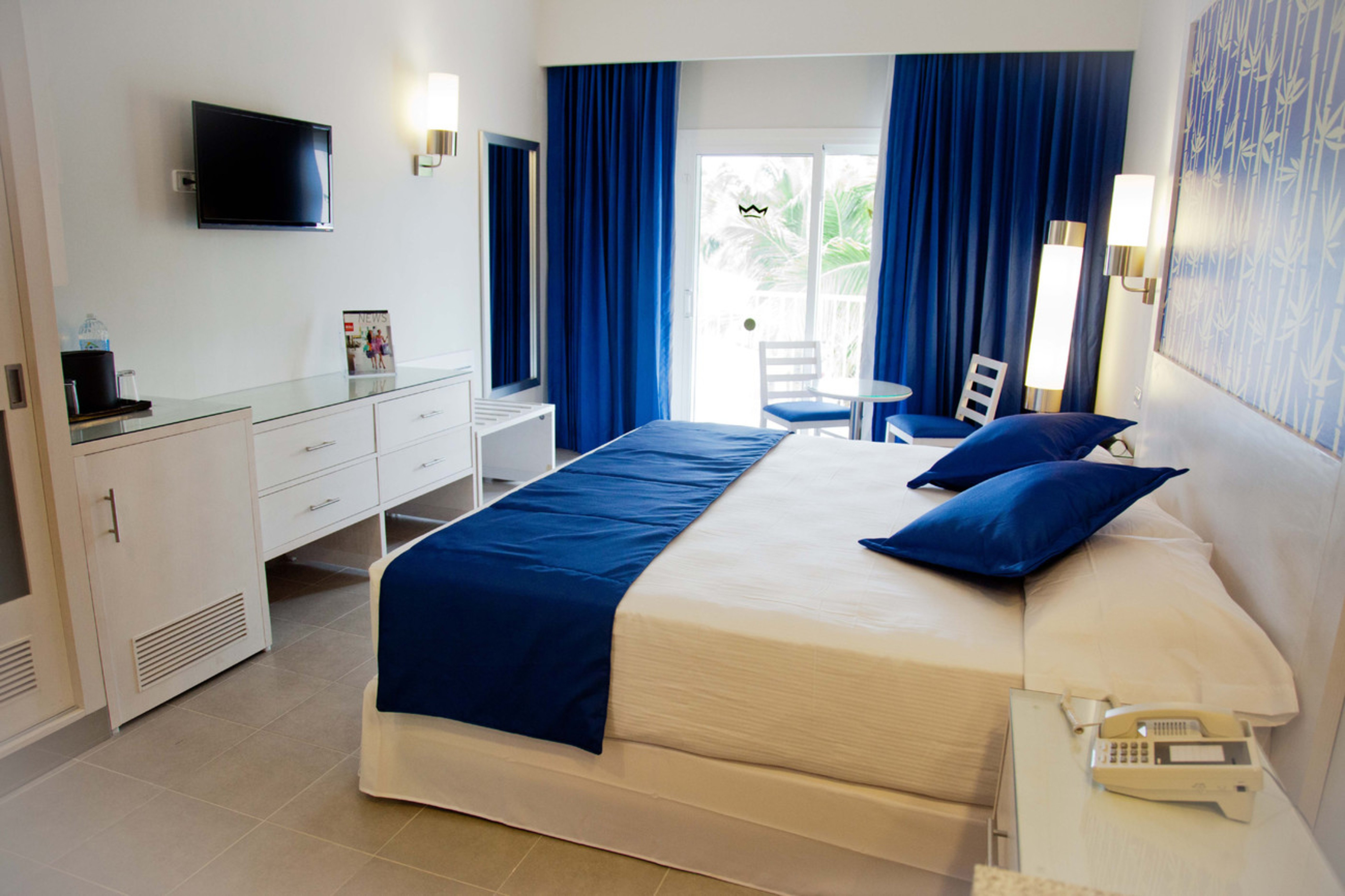 Do you want to hear about the new amenities at the for Habitacion familiar riu playa blanca