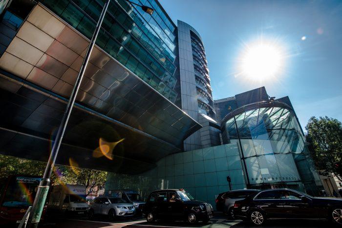 Von RIU für das neue Hotel in London erworbenes Gebäude in Neathouse Place