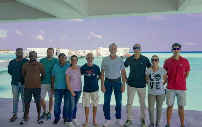 Luis Riu, CEO de RIU Hotels & Resorts, visita las obras de construcción de los dos nuevos hoteles del grupo en Maldivas