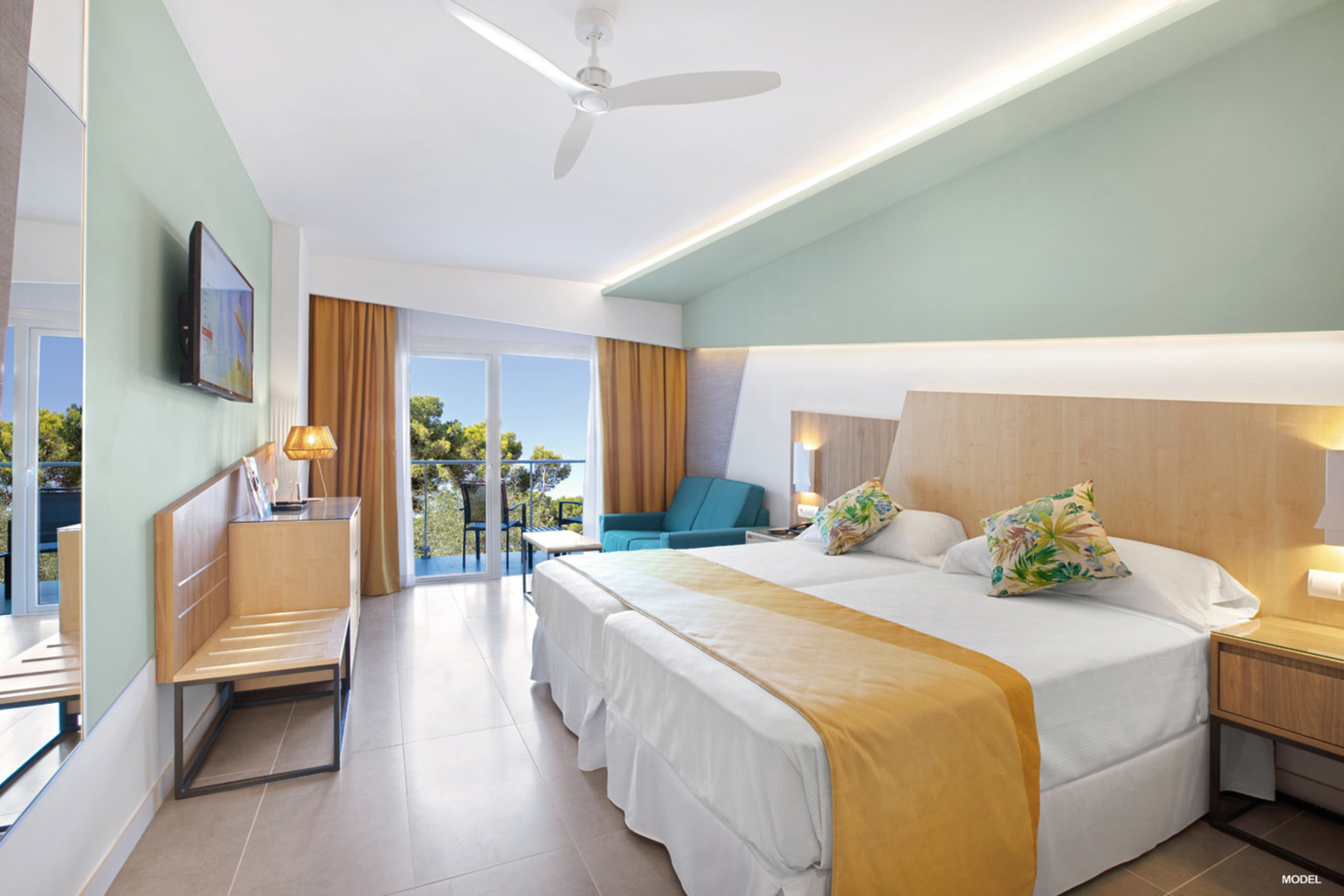 Room of the Riu Playa Park that will open its doors in Majorca in April 2019