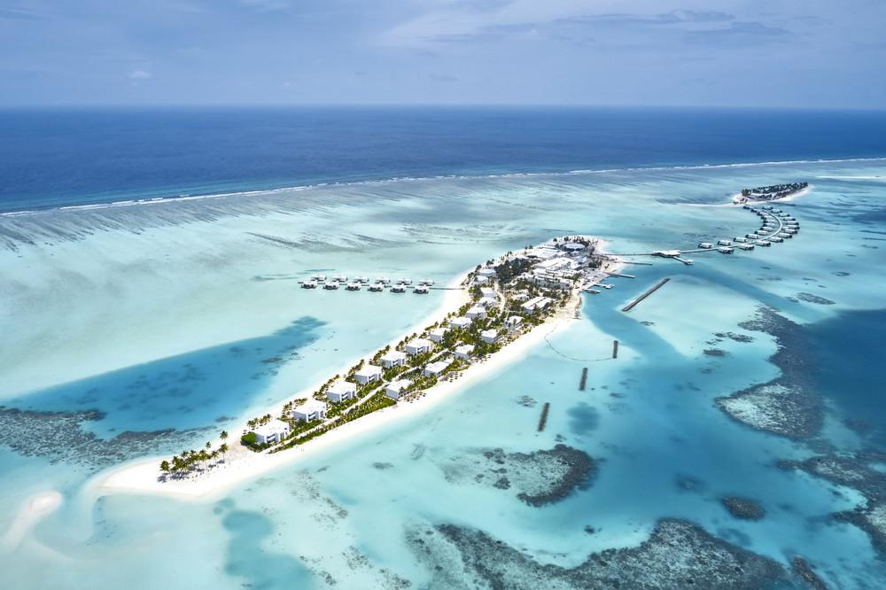 Aerial view of the hotels Riu Atoll and Riu Palace Maldivas