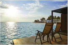 Im Hotel Riu Atoll gibt es Zimmer über dem Wasser