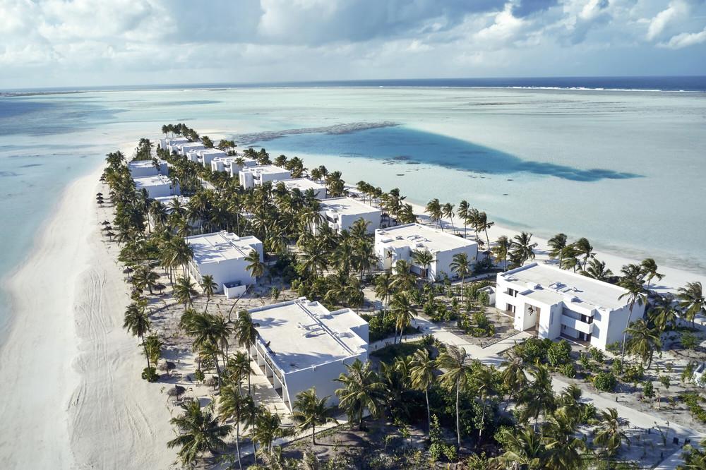 Im Hotel Riu Atoll können Sie Zimmer über dem Wasser oder am Strand buchen