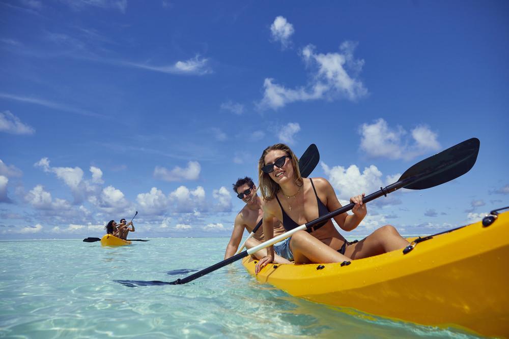En RIU podrás disfrutar de deportes de aventura como montar en kayak