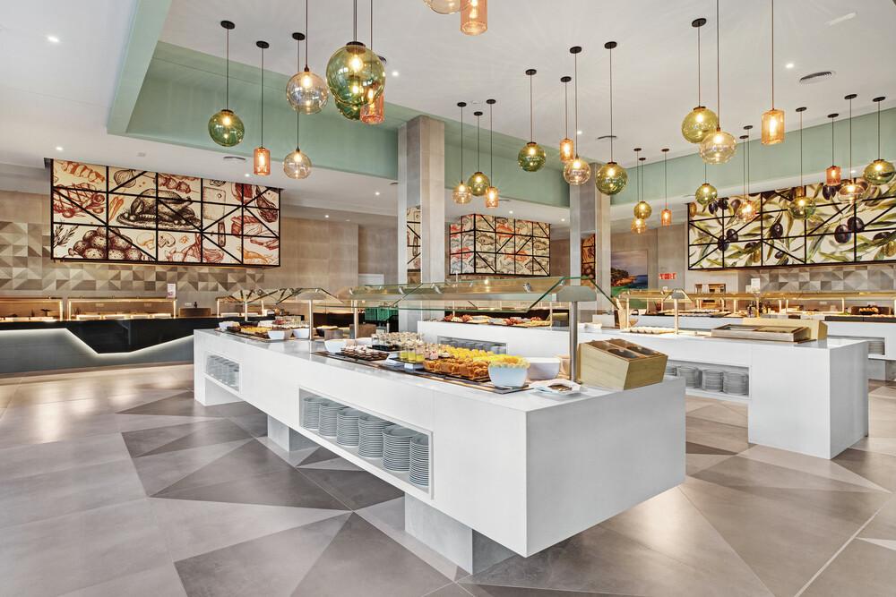 The new main restaurant at the Riu Playa Park