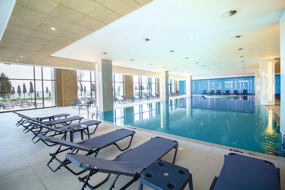El Riu Palace Sunny Beach cuenta con una piscina interior