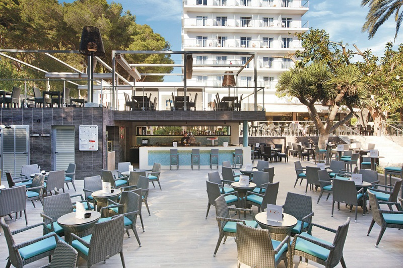 The Riu Festival hotel is located in Playa de Palma