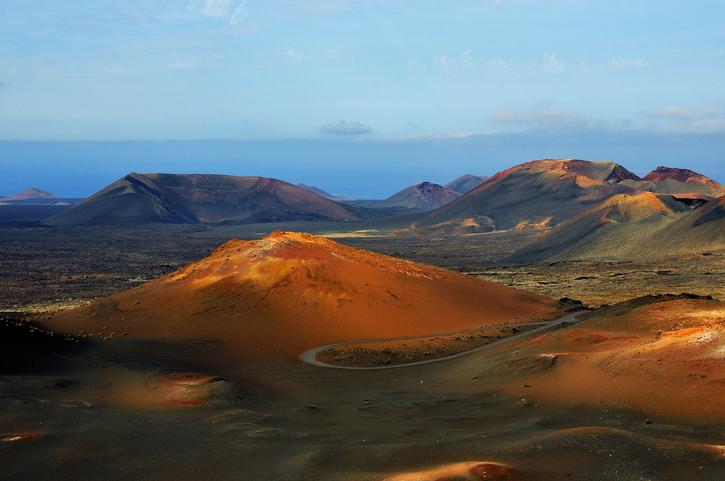 Der Nationalpark Timanfaya ist eine obligatorische Sehenswürdigkeit auf Lanzarote