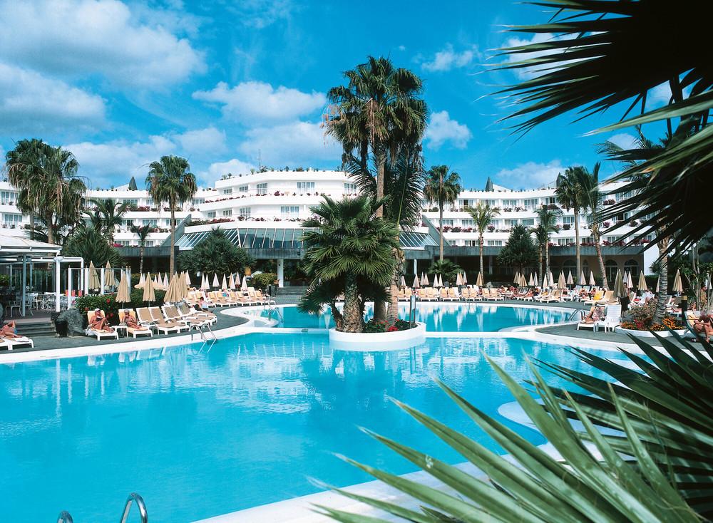 El hotel Riu Paraiso Lanzarote tiene cuatro piscinas