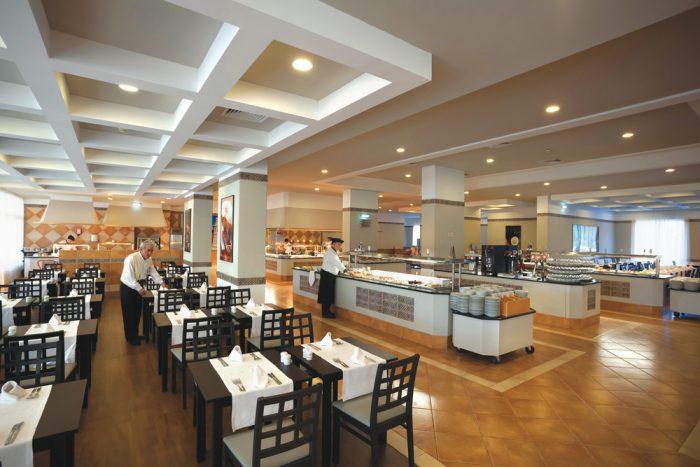 Restaurante principal del hotel Riu Guarana