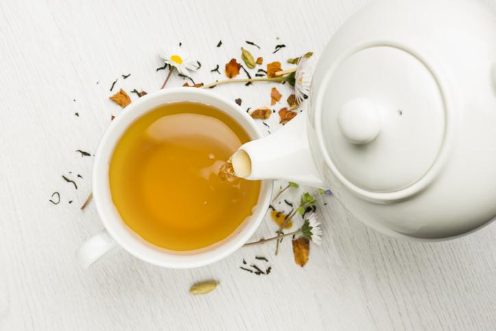 La costumbre británica de tomar el té proviene de Portugal