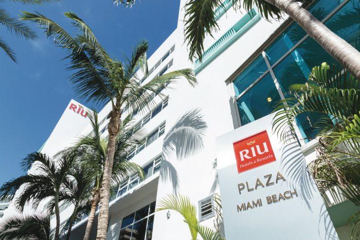 Fachada principal del Hotel Riu Plaza Miami Beach, uno de los hoteles urbanos de RIU
