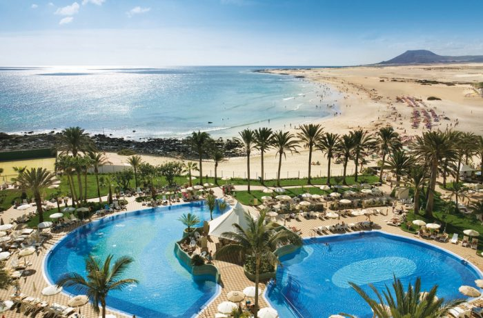 The Riu Palace Tres Islas hotel boasts the ideal location in Fuerteventura