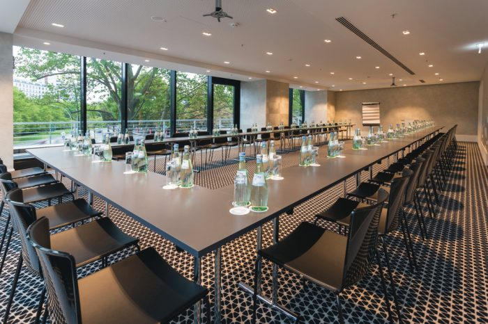 Riu Plaza Berlín conference room, a service offered at the RIU urban hotels