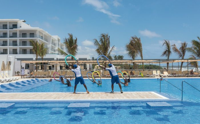 Enjoy the RiuFit program at the Riu Sri Lanka hotel