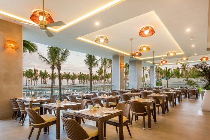 "Clients can now enjoy the ""El Malecón"" buffet restaurant."