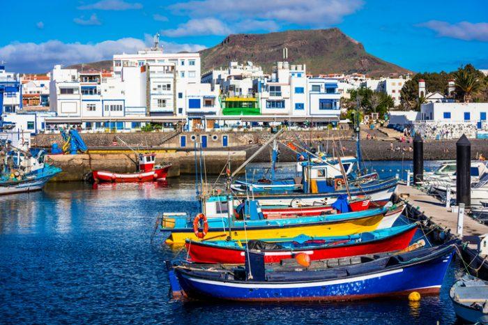 Discover the beautiful Puerto de las Nieves in Agaete