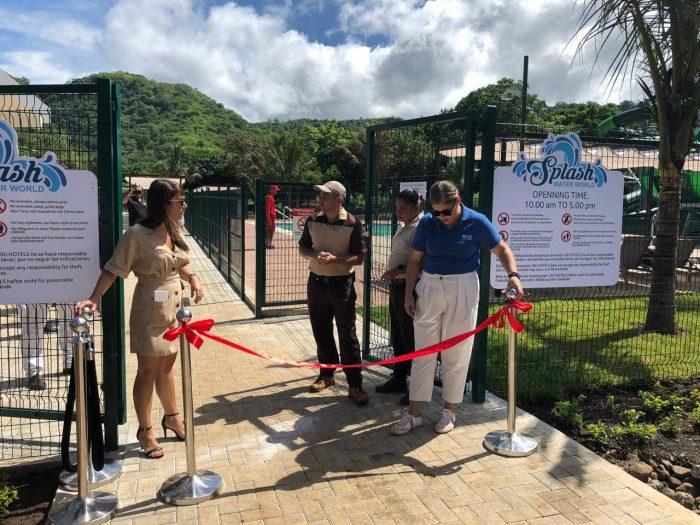 La inauguración del Splash Water World tuvo lugar a las diez de la mañana.