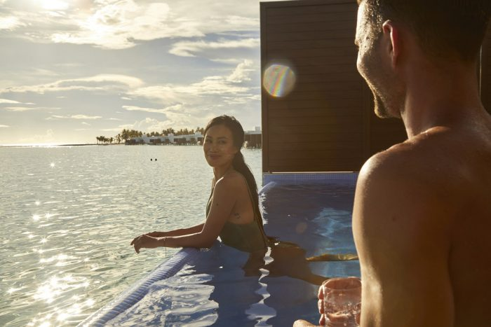 Travel with your partner to the Maldives with RIU