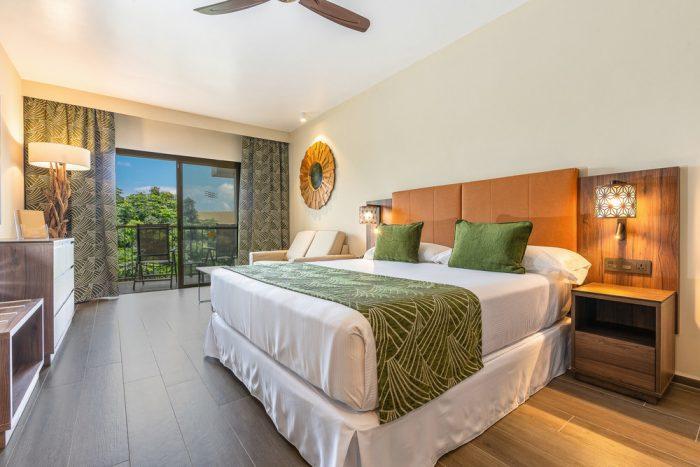 La decoración de las habitaciones tiene varios guiños a la arquitectura africana