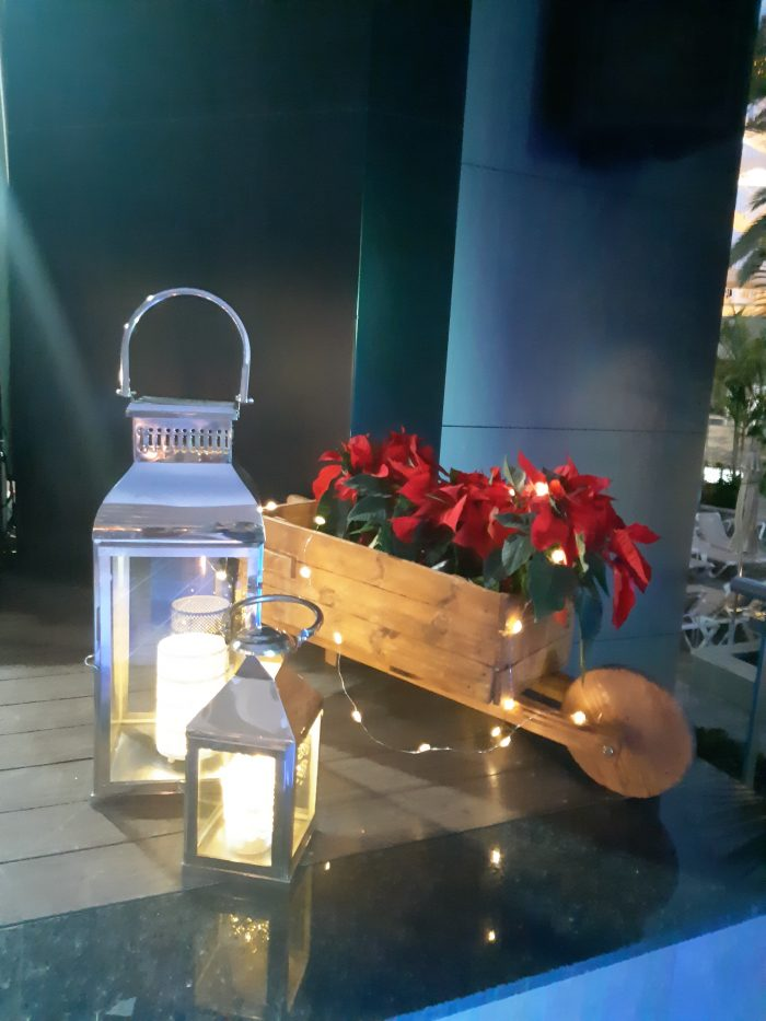 The Riu Don Miguel hotel boasts Christmas decorations using recycled materials.