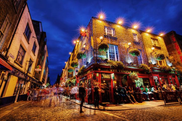 Empieza el año en Dublín con nuevos amigos en The Temple Bar