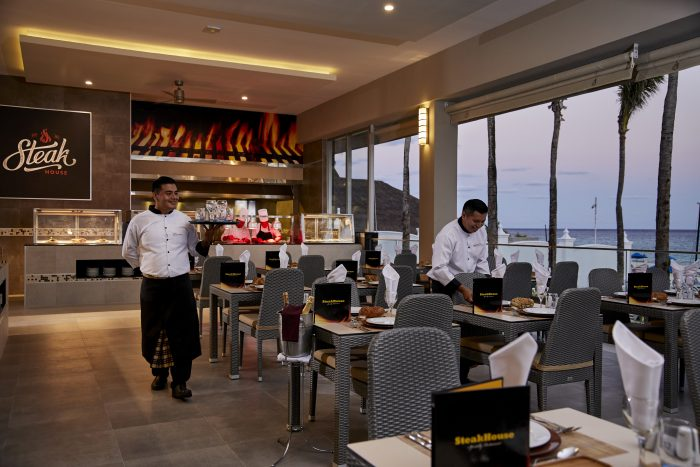 The Riu Palace Riviera Maya hotel now boasts an extensive range of cuisine