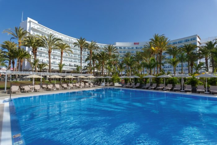 The renovation of the Riu Palace Palmeras hotel, one of the success stories of 2019