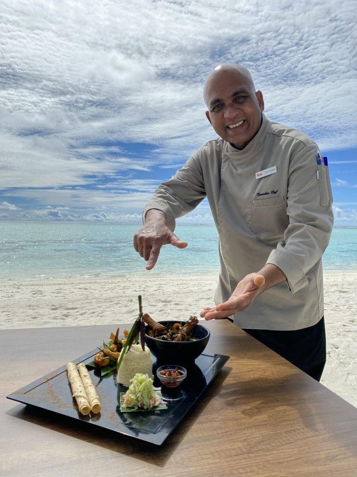 Beilage dieses traditionellen Gerichts der Malediven mit RIU ist Reis