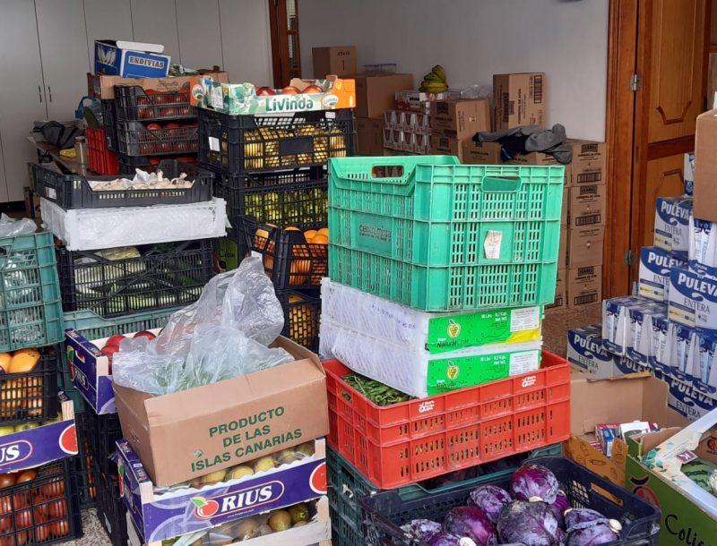 Vom Personal der RIU-Hotelkette auf Gran Canaria gespendete Grundnahrungsmittel