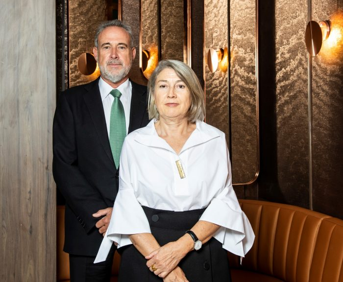Carmen and Luis Riu communicate to their employees the reopening of the Riu Plaza Berlin and Riu Plaza Guadalajara hotels.