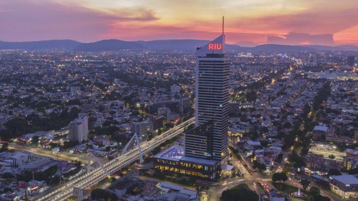 El hotel Riu Plaza Guadalajara abre sus puertas