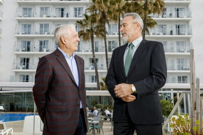 Luis Riu, CEO of RIU Hotels & Resorts, and Rafael Expósito, the chain's most senior employee