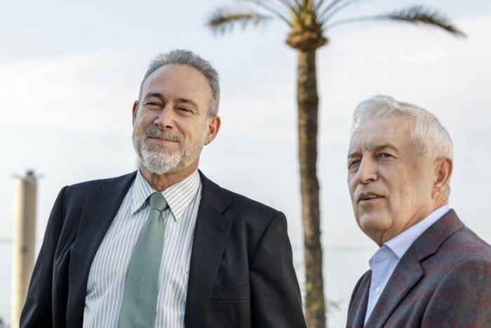 Luis Riu und Rafael Expósito, ein aktuelles Foto am Strand von Palma
