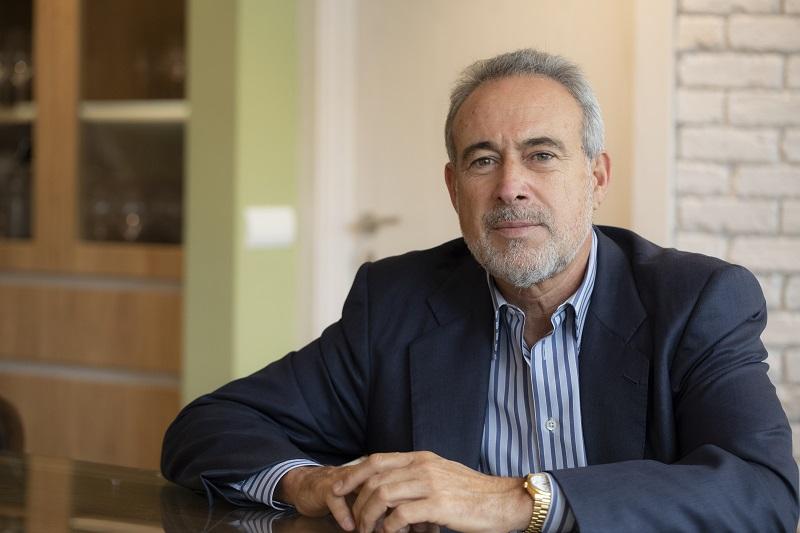 Luis Riu beaufsichtigt die Innovationsprojekte, die nach der COVID-19-Krise in RIU entstanden sind