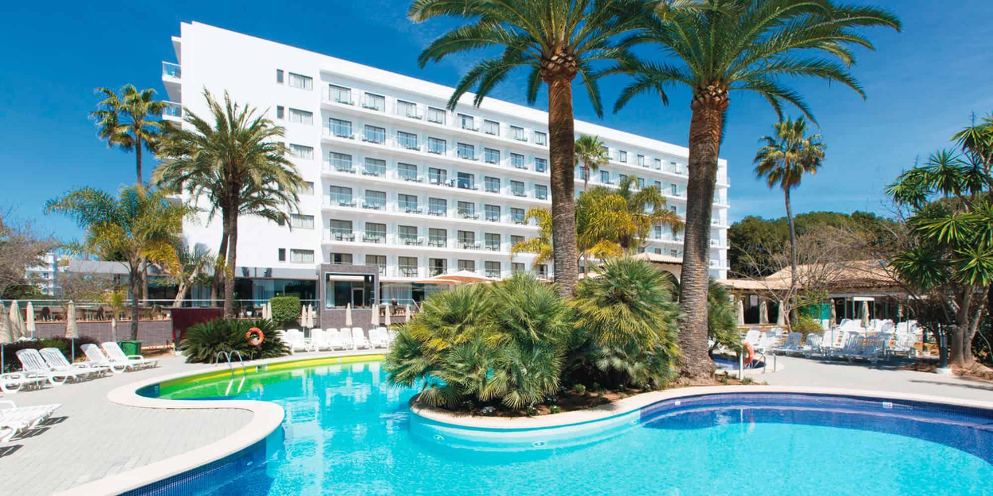 Hotel Riu Bravo | All-Inclusive-Hotel Arenal