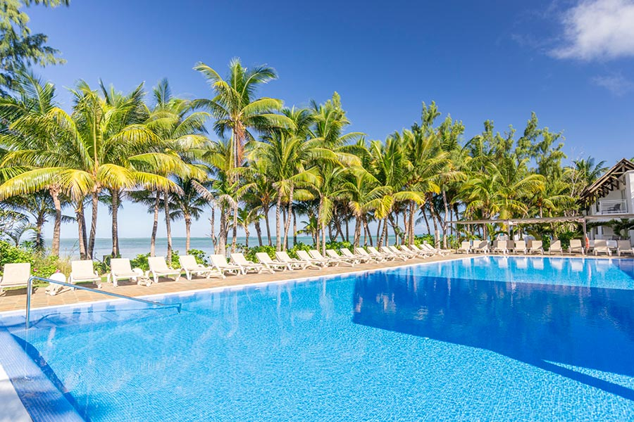 Hotel Riu Creole - Outdoor pool